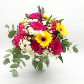 POZIONE MAGICA: rose rosa, gerbere gialle e santini bianchi