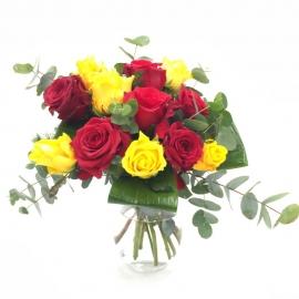 LUNA PIENA: rose gialle e rosse