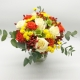 ESPLOSIONE DI GIOIA: rose bianche e arancio, santini e bacche