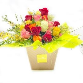 IRIS: bouquet fresh con rose miste colorate