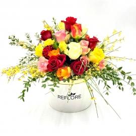 CAPPELLIERA BIANCA FANTASIA MULTICOLORE: rose miste colorate