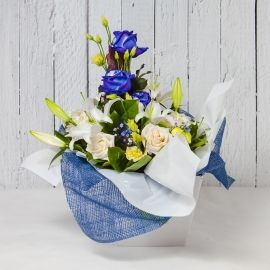 BOUQUET FRESH BLU DI ROSE E GIGLI
