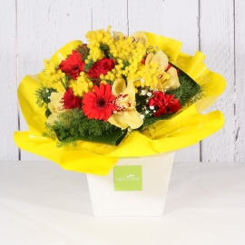 BOUQUET GIALLO CON ROSE ORCHIDEA E MIMOSA