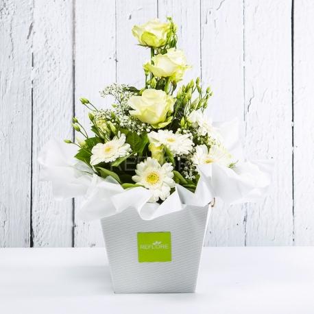 BIANCA: bouquet fresh bianco con Lisianthus, Rose e Gerbere.
