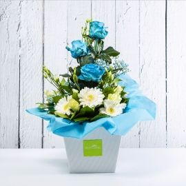 CELESTE: bouquet fresh azzurro con lisianths, rose e gerbere