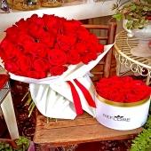 """""""Sappi che sarai per sempre l'amore della mia vita, per altri 50 anni!"""" #happy50thbirthday Ogni occasione ha il proprio fiore... scegli il tuo... 🌺www.reflore.it"""