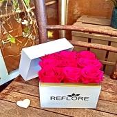 Rose fucsia eterne per un regalo che rimarrà nel tempo e nel cuore 💓 Scopri tutte le nostre speciali box con rose…🌹🌷💕
