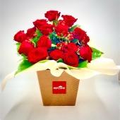 Ancora poche ore per approfittare della nostra PROMO -15% su tutti i bouquet fresh! 🌺🌺🌺link in bio🌺🌺🌺